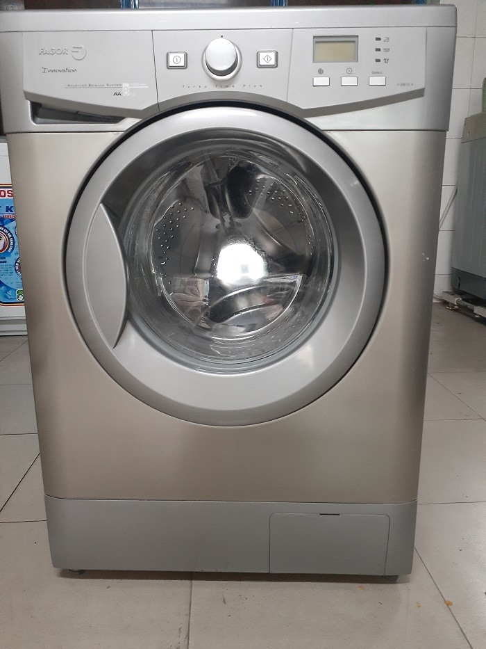 Máy giặt cũ fagor 8kg new 95%