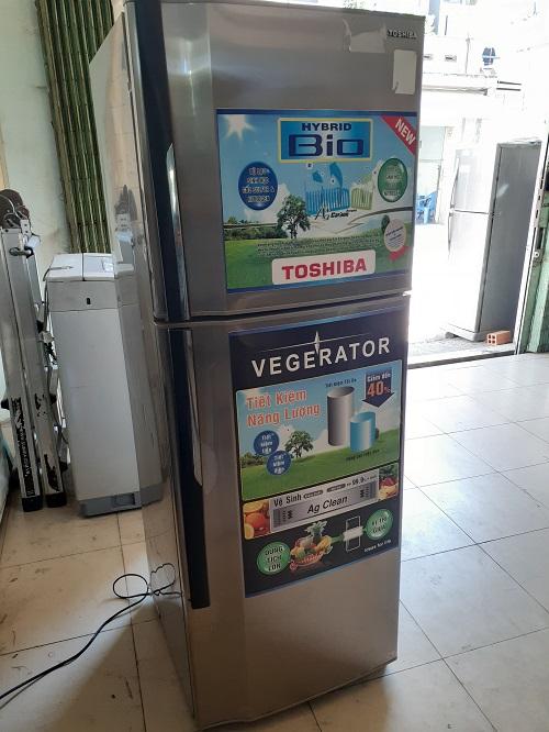 Tủ lạnh cũ Toshiba 250 lít
