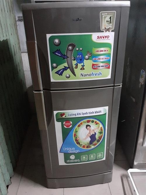 Tủ lạnh sanyo 210 lít không đóng tuyết