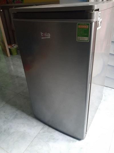 Tủ lạnh beko 93 lít new 95%