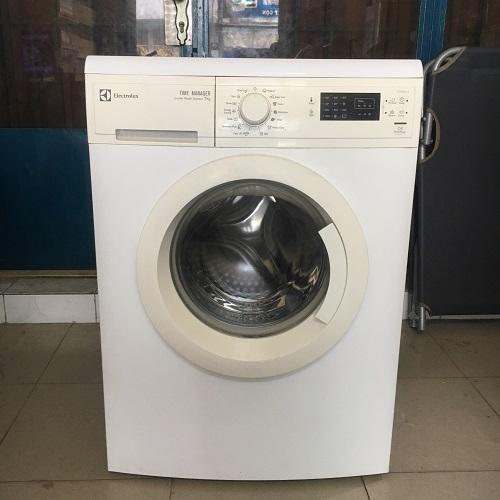 Máy giặt cũ electrolux 7kg ewp 85752