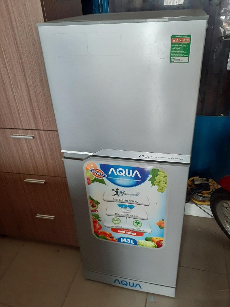 Tủ lạnh cũ aqua 135 lít