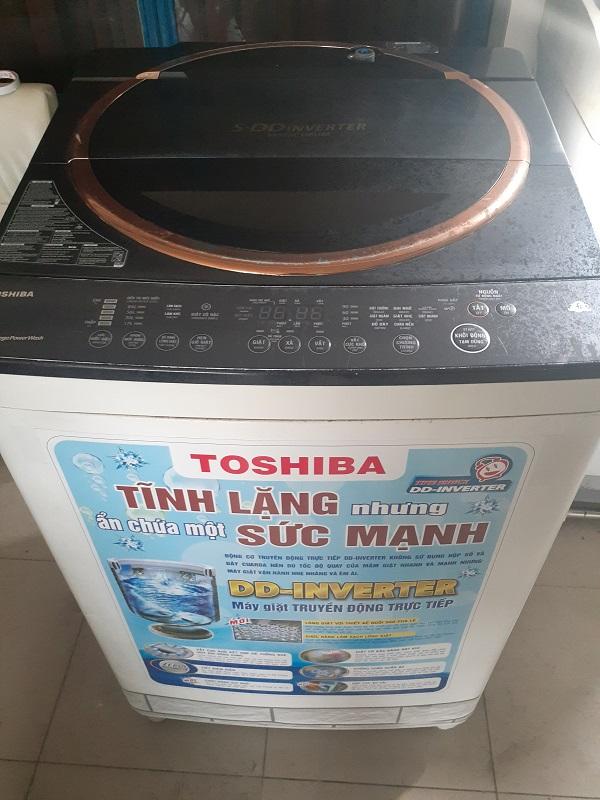 Máy giặt cũ Toshiba inverter 9kg