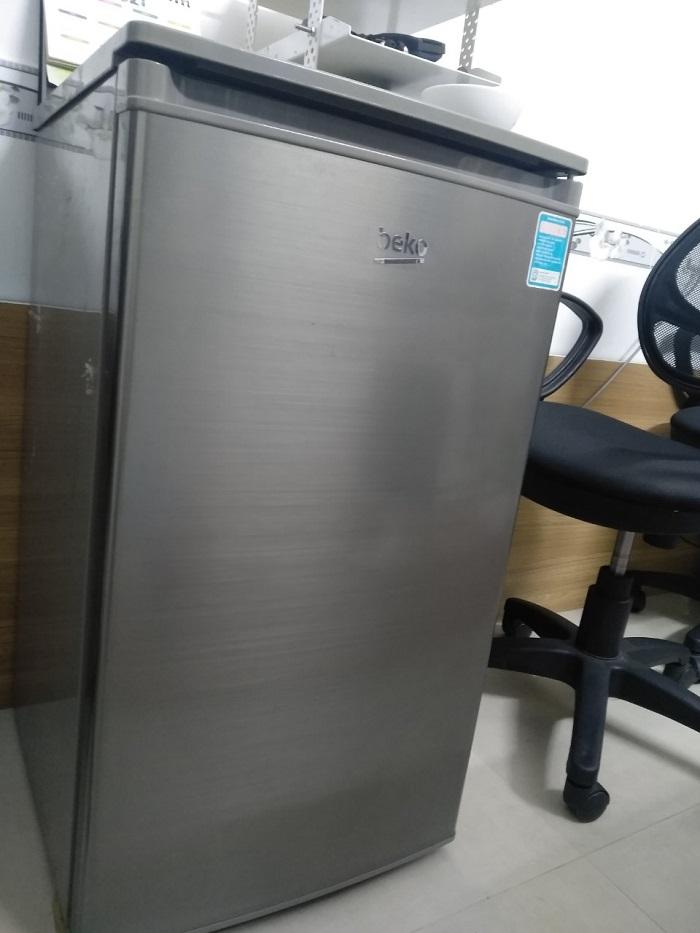 Tủ lạnh beko 90 lít . Giá 1tr500k