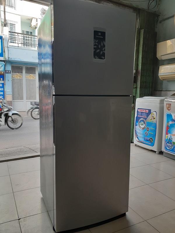 Tủ lạnh cũ electrolux 211 lít new 90%