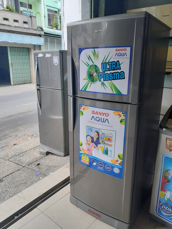 Tủ lạnh cũ sanyo 250l