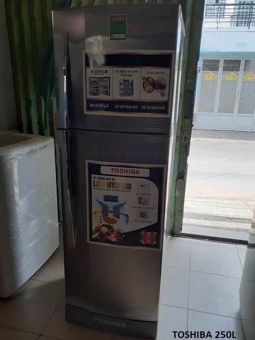 Tủ lạnh cũ Toshiba 250l